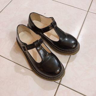 🚚 瑪莉珍皮鞋