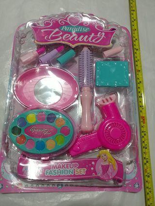 [Clearance/ Sales] Baby/ Kids/ Children Toys/ Birthday Gift/ Present - Make up Play Set - Make Up Box/ Mirror/ Lipstick/ Hairdryer/ Comb etc