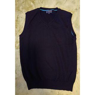 Perfect Suite Factory 黑色背心冷衫,M Size中碼,八成新 80% New