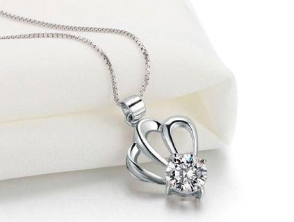 🚚 S925 Silver Tiara Crown Necklace