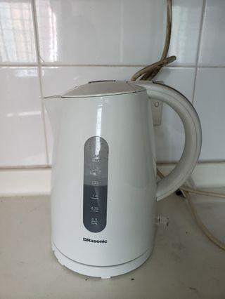 電熱水壺 Kettle