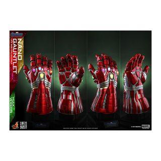 (PO) Hot Toys LMS008 Avengers: Endgame Lifesize Nano Gauntlet (Hulk Version)