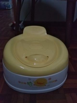 Piyo piyo ergonomic potty
