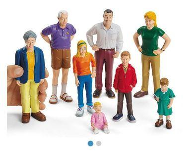 Brand New Caucasian Family Figurines (8s)