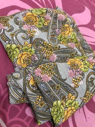 Scraf batik bunga