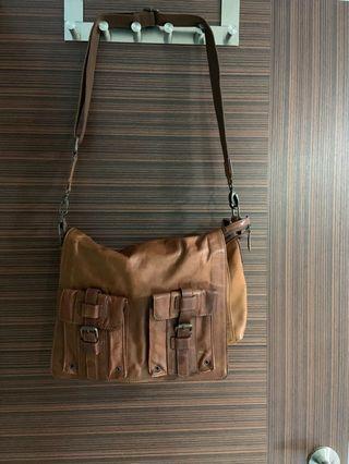 Massimo Dutti Mens Leather Sling