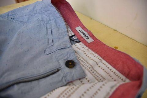 Quiksilver 休閒短褲