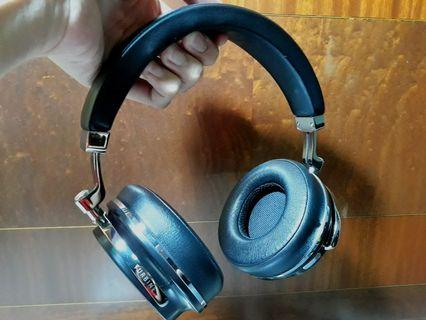 2018 Bluedio T4S budget noise-canceling bluetooth wireless over-ear headphones