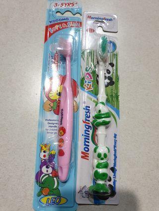 🚚 New. Kodomo toothbrush 3 to 5 years old with pandan toothbrush . 1 set $3.