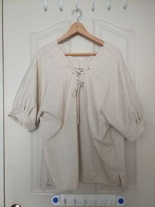 🚚 Plus Size beige grid blouse
