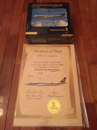 A345 Leadership Singapore Airlines with certificate