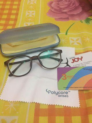 Kacamata Minus -9 (beda minus tinggal ganti kaca)