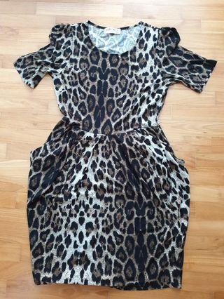 🚚 Print stretchy dress