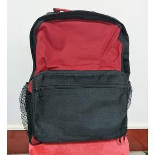 🚚 輕鬆收納反摺紅黑色後背包-新品