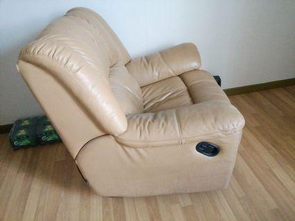 Single sitter Reclining & Rocking Sofa