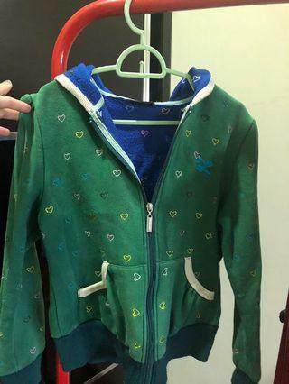 Love prints green sweater