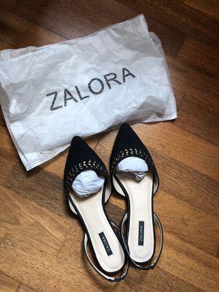 Zalora Embellished Flats