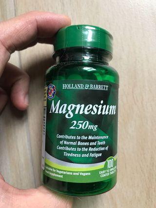 Holland Barrett Magnesium 250mg 100tables 有助肌肉鬆弛
