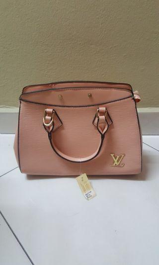 LV Ladies Hand Bag Louise Vuitton