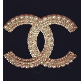 XL CHANEL Brooch Authentic