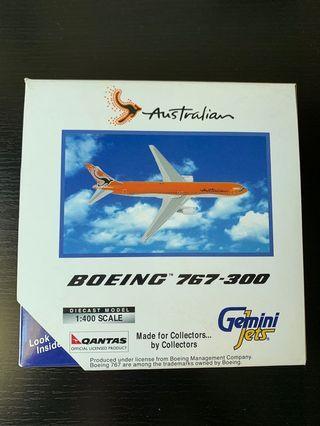🚚 Australian Airlines Qantas B767-300 model 1:400