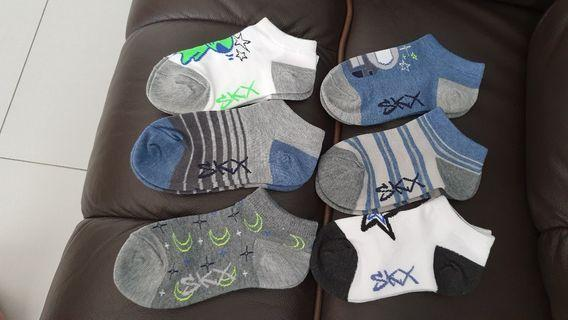 🚚 BN Sketchers Socks