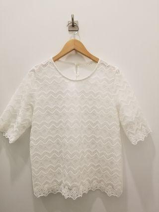 韓國白色斯文喱士上衣 Korea White Lace Top