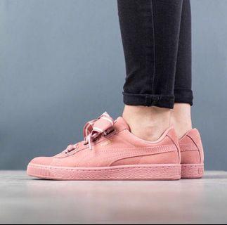 Size 39 - Puma Basket Ribbon Sneaker