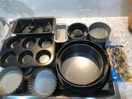 18 pieces of baking tin and ring