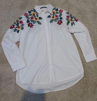 Kemeja Putih Zara Floral Embroider