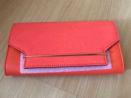 🚚 Brand new Aldo clutch with sling