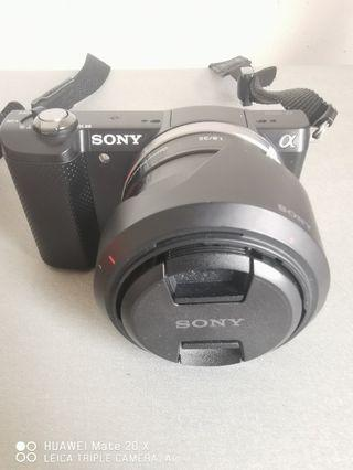 Sony A5000 +35mm Lense Full Package