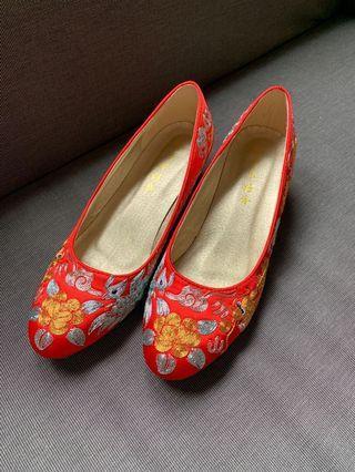 褂鞋 極新 Chinese wedding shoes