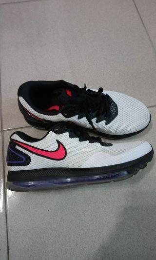 🚚 Nike zoom