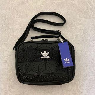 [AUTHENTIC] BNWT Adidas 3D Airliner Sling Bag