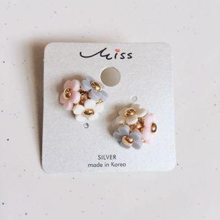 韓國花耳環
