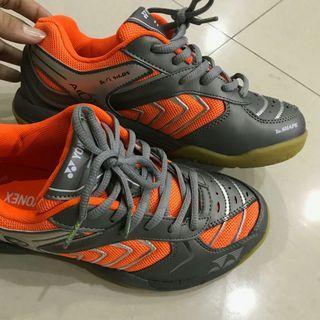 Sepatu badminton yonex all england 01