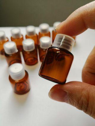 🚚 12pcs 3ml Glass Amber Bottle
