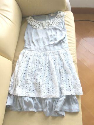 灰色白色斯文裙