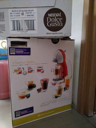 雀巢 NESCAFE Dolce Gusto 咖啡機