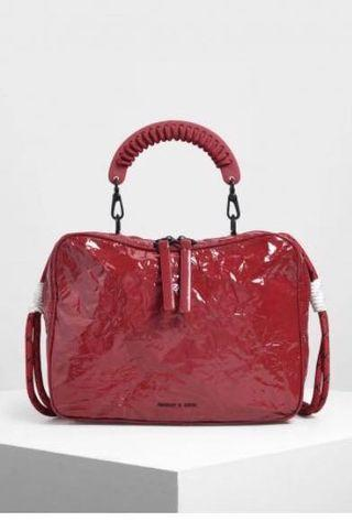 🚚 charles and keith red wrinkled bag