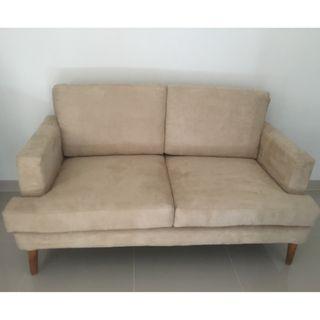 Sofa suede 2 seater duduk 160cm