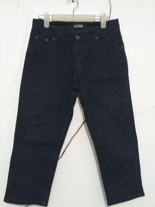 Celana Jeans Hitam Sz 34