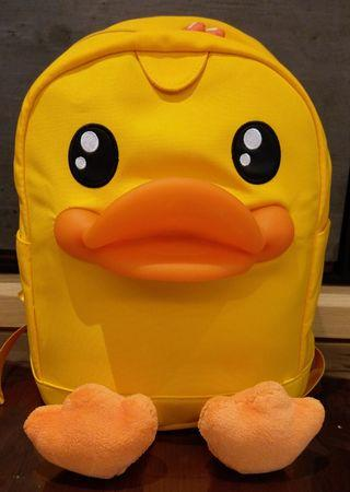 B.duck 小童背包(Size: 24 W x 32 H x 10.5cm D)