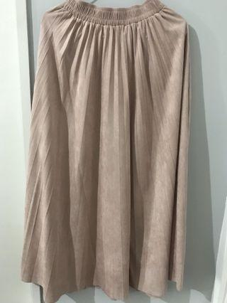 Pleats Skirt Pink