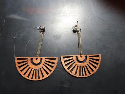 Wood fan earrings