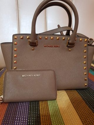 b92134385893ad Michael Kors - Medium Selma bag and saffiano wallet