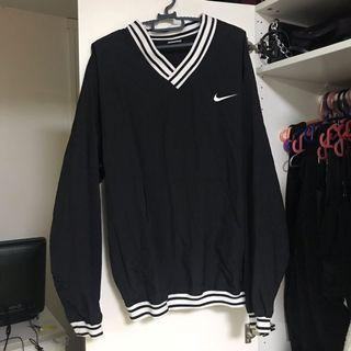 Authentic Vintage Black Nike windbreaker pullover