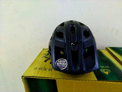 Loose Riders Helmet