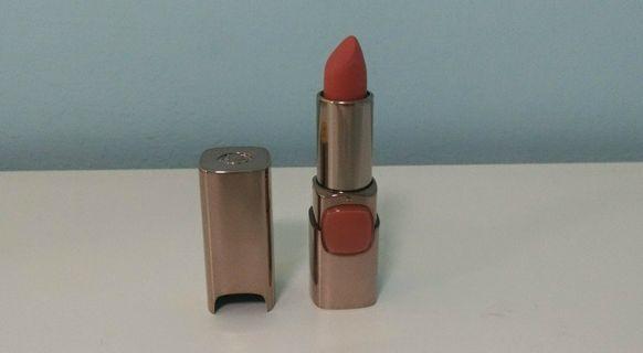 #SALE 🆕 Loreal Color Riche Lipstick (Peachy Brown)